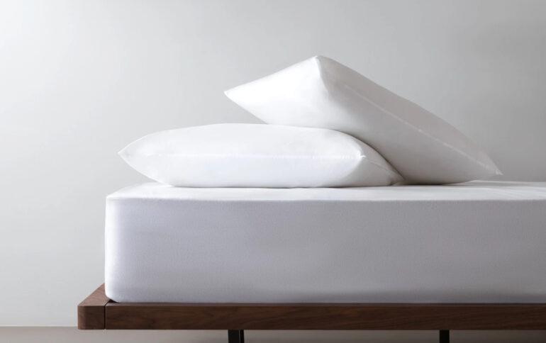 noa mattress protector review