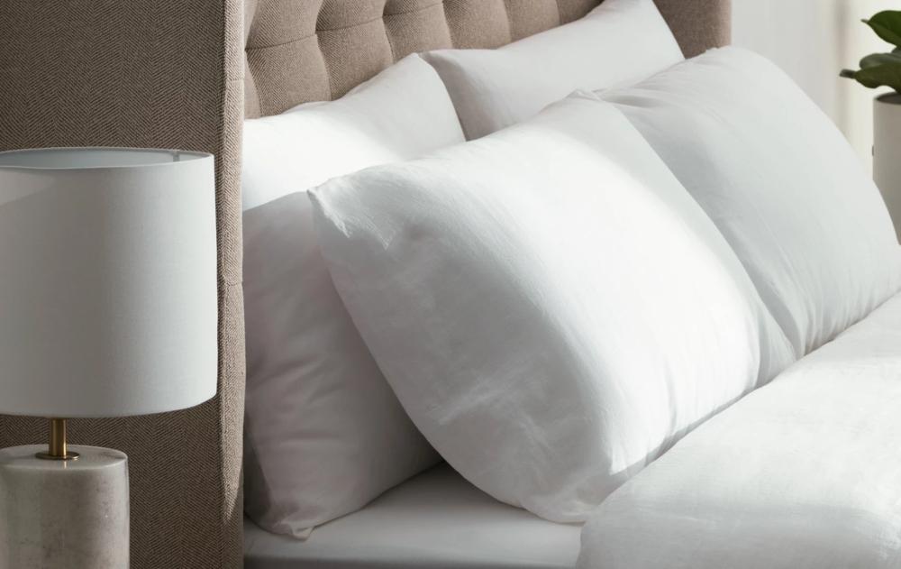 noa pillows